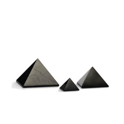 Šungitová pyramida 7 x 7 cm