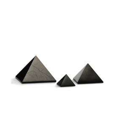 Šungitová pyramida 5 x 5 cm
